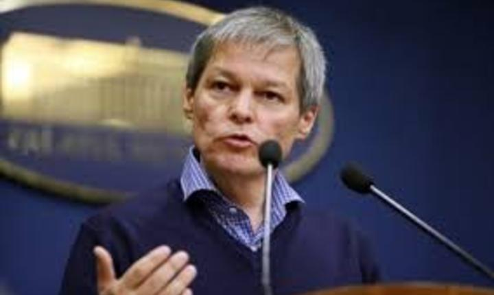 Dacian Ciolos, desemnat candidat la functia de premier de liberali