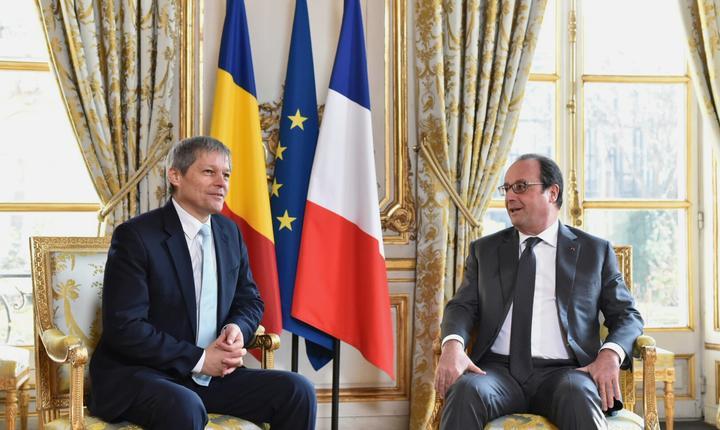 Dacian Cioloş şi Francois Hollande (Foto: www.gov.ro)