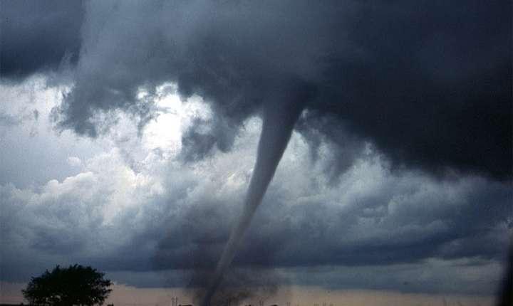 Va mai fi lovită România de tornadă? (Sursa foto: pixabay-ilustrație)