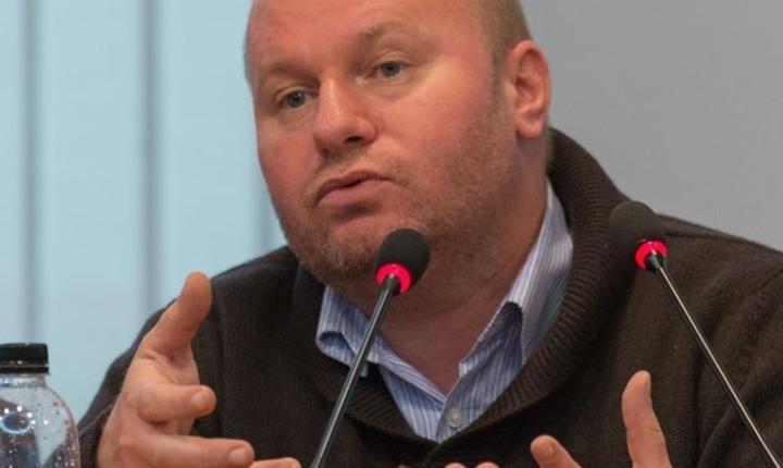 Cristian Păun, profesor la ASE (Sursa foto: Facebook/Cristian Păun)
