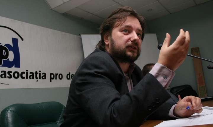 Cristian Pîrvulescu afirmă că raportul MCV este mai degrabă pozitiv (Sursa foto: site Asociaţia Pro Democraţia).