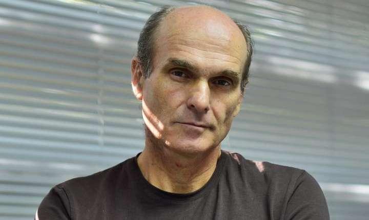 """Cristian Tudor Popescu spune că Ilie Năstase """"nu mai poate fi tratat în termenii """"așa este Ilie"""""""