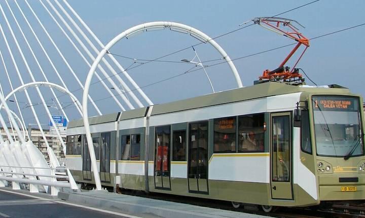 Mijloacele de transport în comun din Bucureşti vor circula toată noaptea de Anul Nou (Sursa foto: site STB)