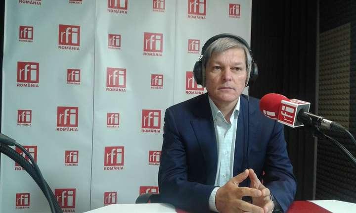 Dacian Cioloș, în studioul RFI (arhivă)