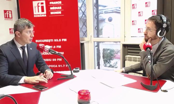 Dan Barna, în studioul RFI