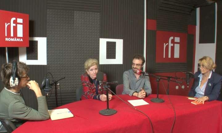 Dan Pârvu, Viorica Rădoi, Răzvan Apetrei şi Mioara Bâscă in studioul de inregistrari RFI Romania