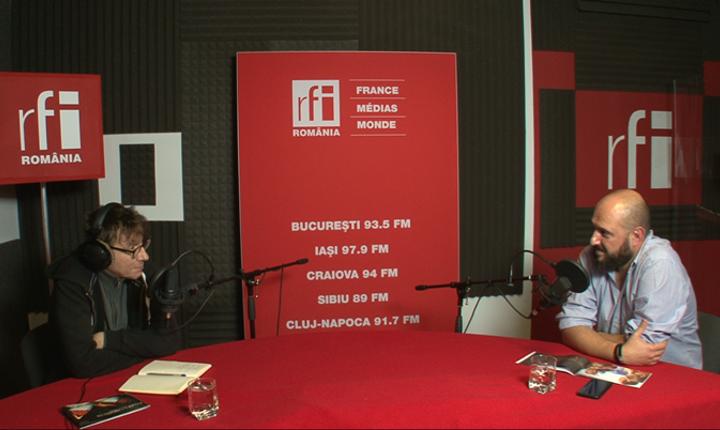 Dan Pârvu si Cătălin Saizescu in studioul de inregistrari RFI Romania
