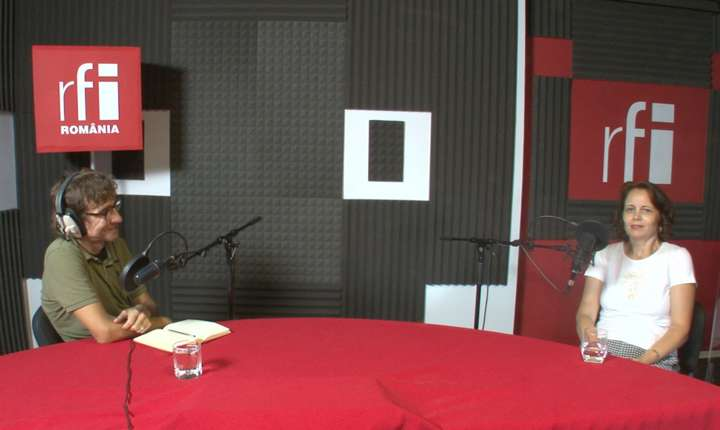 Dan Pârvu si Valentina Sandu-Dediu in studioul de inregistrari RFI Romania