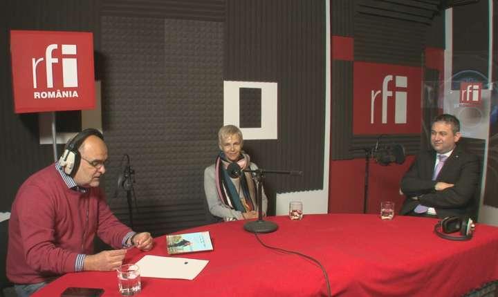 Ovidiu Nahoi, Sabina Fati și Ionuț Cojocaru in studioul de radio