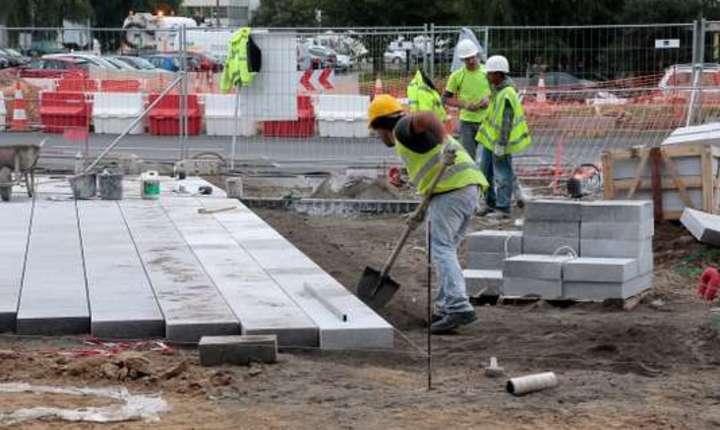 In sectorul constructiilor lucreazà printre cei mai multi muncitori detasati