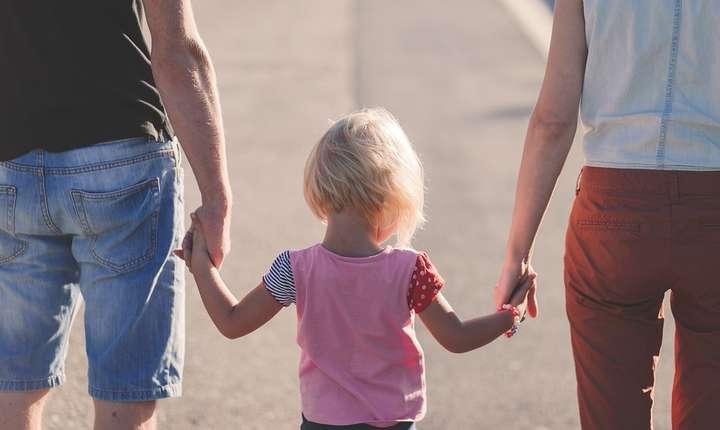 Familia, redefinită în Constituţie? (Sursa foto: www.pixabay.com)