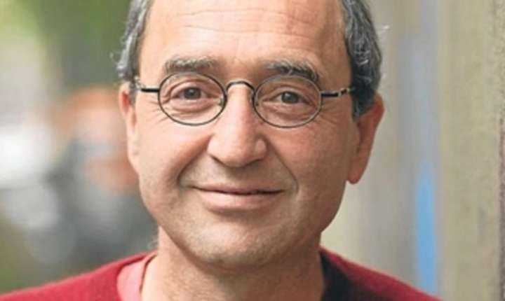 Scriitorul germano-turc Dogan Akhanli are 60 de ani iar de 25 traieste in Koln, Germania