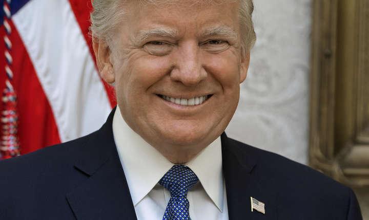 Președintele american Donald Trump a forțat demisia ministrului Justiției Jeff Sessions, pe care l-a înlocuit imediat.