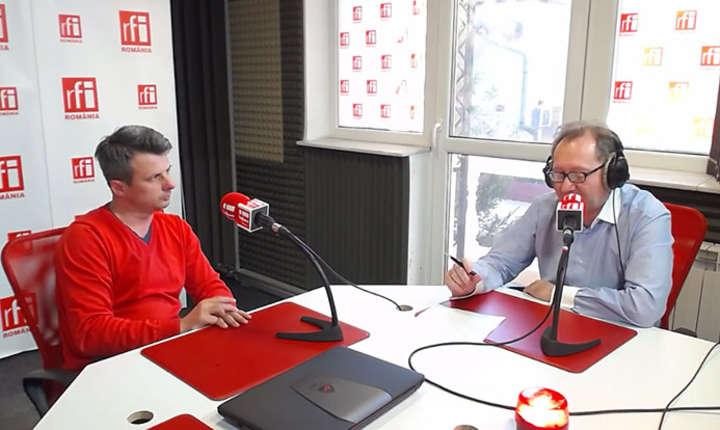 Dragoș Vîlceanu și Constantin Rudnitchi la radio in studioul RFI Romania