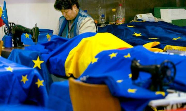 Drapel UE fabricat în România