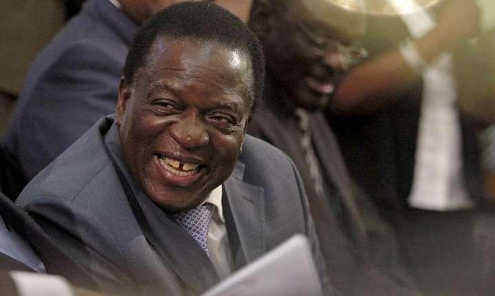 Emmerson Mnangagwa, viitorul presedinte al Zimbabwe, în parlementul de la Harare, pe 25 august 2015