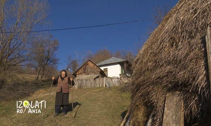 Episodul 10, Izolați în România