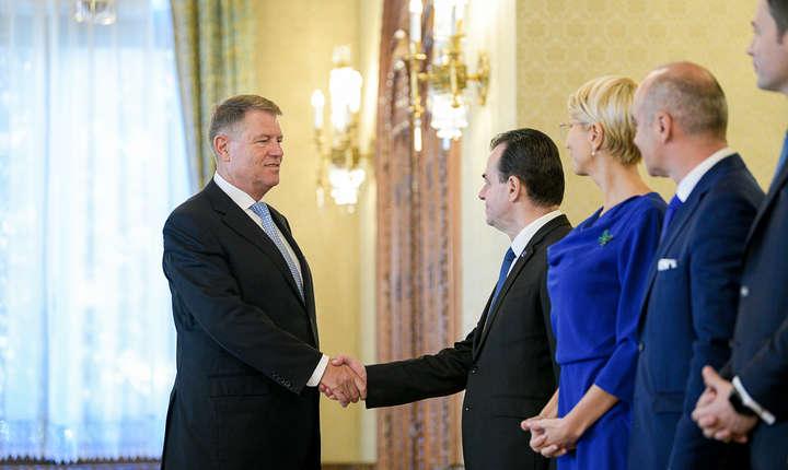 Președintele Klaus Iohannis și delegația PNL, la consultările de la Cotroceni (Sursa foto: presidency.ro)