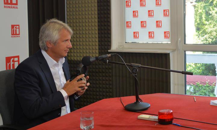 Eugen Teodorovici, în studioul RFI (arhivă)