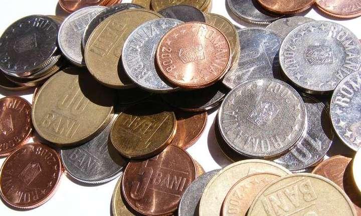 Euro atinge un nou nivel record si depaseste 4,66 de lei