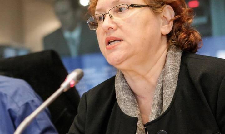 Renate Weber ar vrea ca România să se implice în dezbaterile privind viitorul UE (Sursa foto: Facebook/Renate Weber)