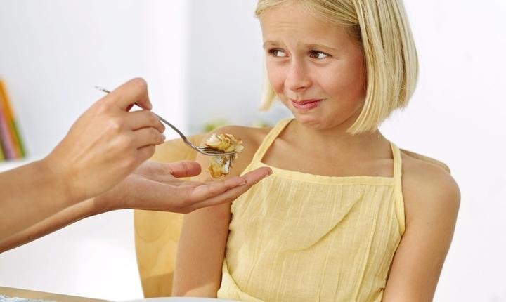 Copiii care fac mofturi la masă ar putea fi depresivi, potrivit unui studiu.