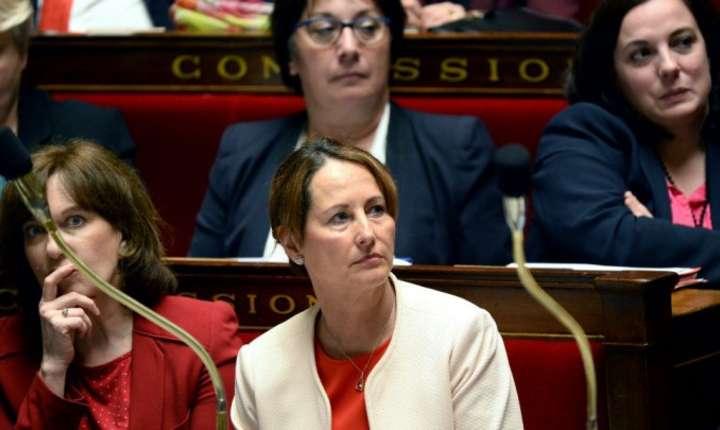 Ségolène Royal si Laurence Rossignol pe bàncile ministrilor în parlament, mai 2016
