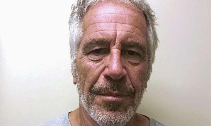 Finantistul Jeffrey Epstein, inculpat pentru exploatare sexuala de minore, într-o fotografie din martie 2017.