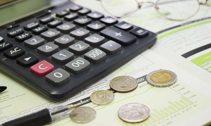 Incertitudinea continuă pentru companii. Firmele intră în 2019 fără ca transferul contribuţiilor să fie lege.
