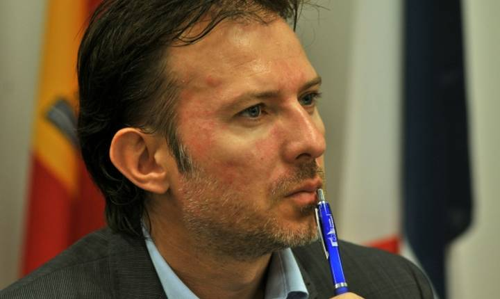 Florin Cîţu: PNL se va uita la bugetarii angajați pe pile (Sursa foto: site PNL)