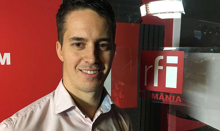 Marius Ion in studioul de inregistrari RFI Romania