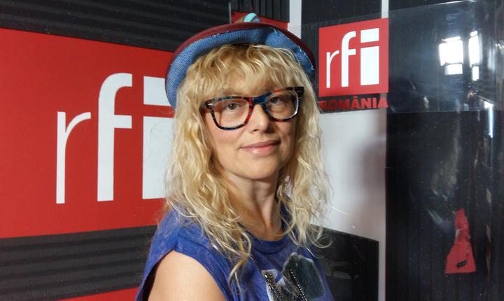 Daiana Străulea in studioul RFI Romania