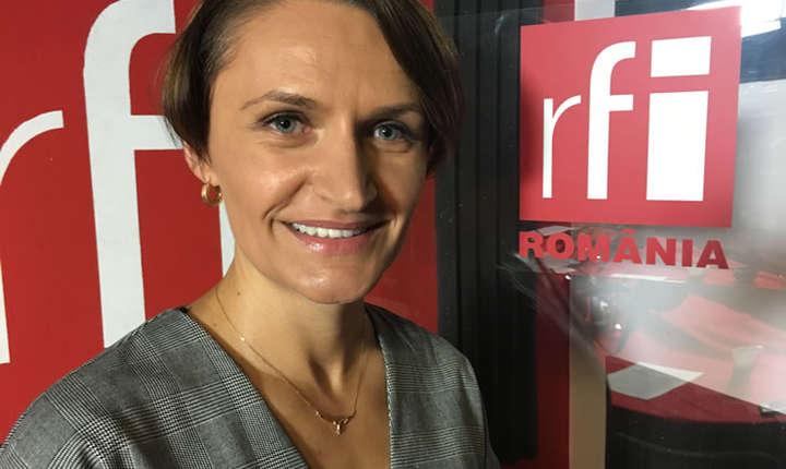 Monica Jiman in studioul de inregistrari RFi Romania