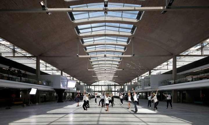 La Paris s-a inaugurat cel mai mare incubator de start-up-uri din lume