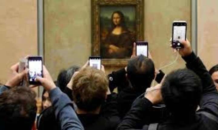 """Gioconda"", celebrul tablou al lui Leonardo da Vinci, este ""vizitat"" la Luvru de 20 000 de persoane zilnic"