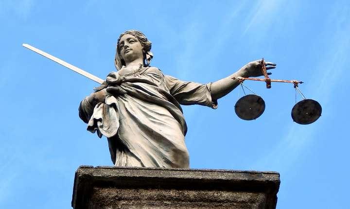 Schimb de replici între ministrul Justiţiei şi procurori (Sursa foto: pixabay)