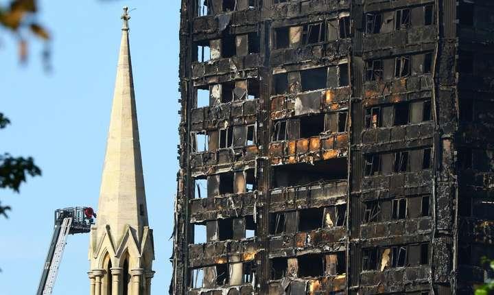 Tragedia ar fi fost amplificată de propagarea focului pe învelișul exterior