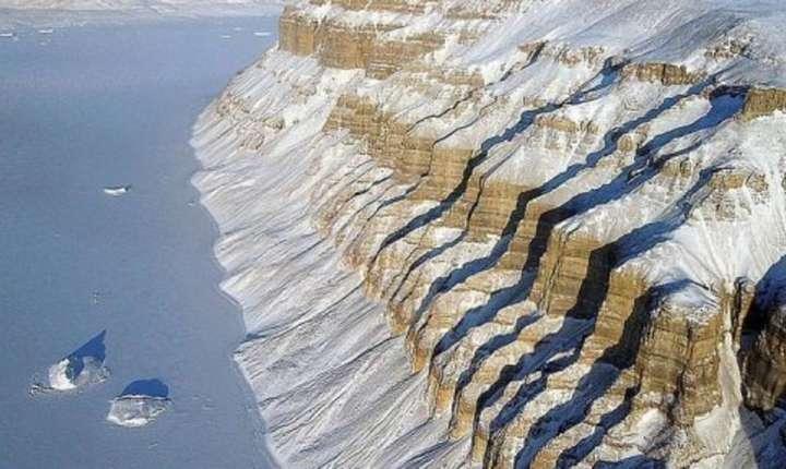 Topire în ritm alert a calotei glaciare în Groenlanda