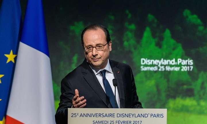 Presedintele Frantei, François Hollande, la aniversarea a 25 de ani de la crearea parcului de distractii Disneyland Paris