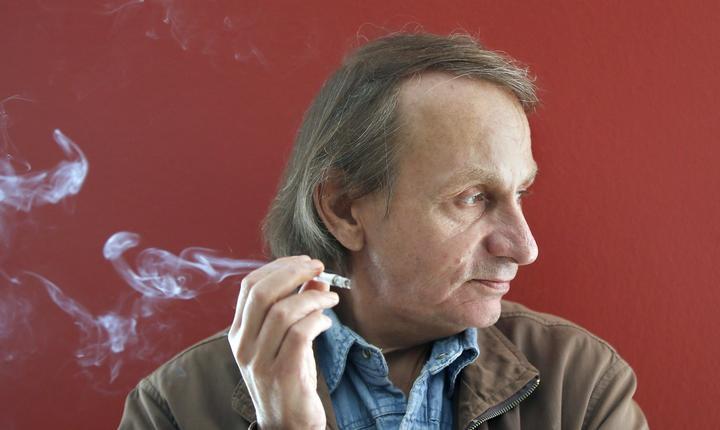 Scriitorul francez Michel Houellebecq, aprilie 2015
