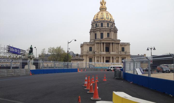Domul Invalizilor în jurul càruia se va derula sâmbàtà prima cursà de Formula E la Paris