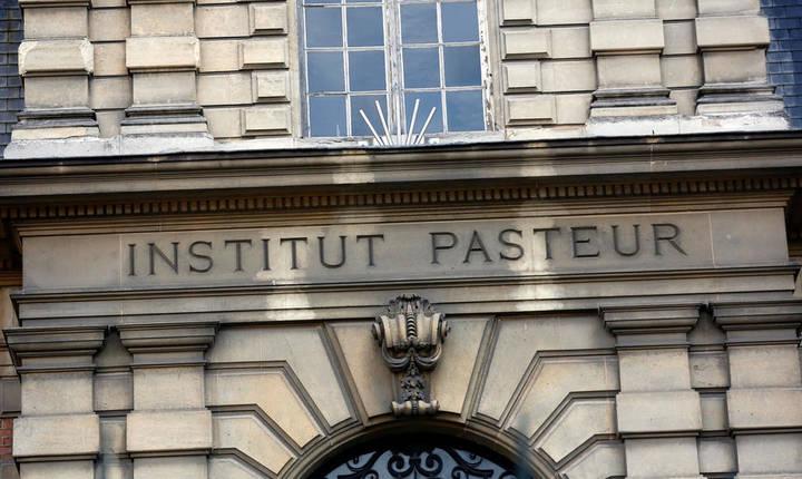 Institutul Pasteur Paris - 90% din francezi ar trebui vaccinati anti-Covid pentru a putea reveni la o viata normala.