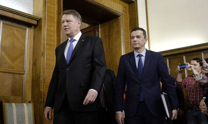 Preşedintele solicită soluţionarea urgentă a crizei din interiorul coaliţiei de guvernare pentru a se evita instabilitatea politică