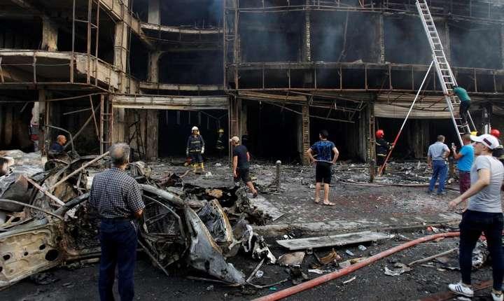 Irak - Sute de morti înregistrati în urma atacului revendicat de gruparea jihadista Stat Islamic la Bagdad, 3 iulie 2016