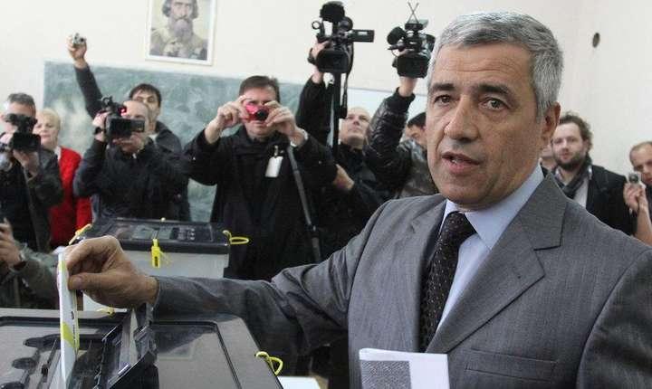 Oliver Ivanovic în 2013, la alegerile locale