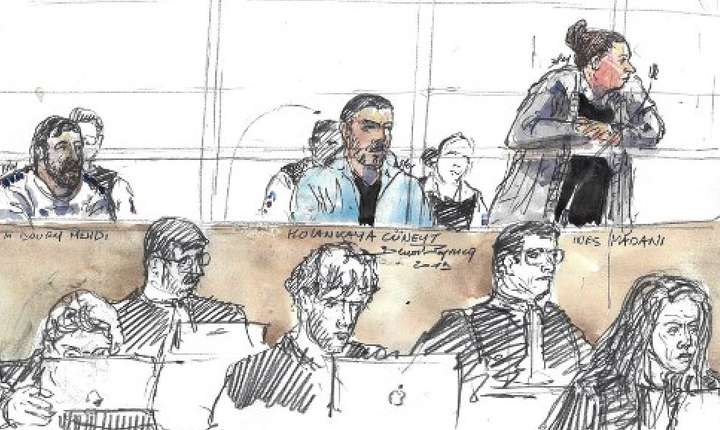 Desen reprezentând-o pe una dintre acuzate, Inès Madani, la procesul atentatului ratat din septembrie 2016