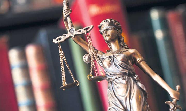 România liberă a studiat ce prevede fapta abuzului în serviciu așa cum este el în legea fundamentală a Marii Britanii.