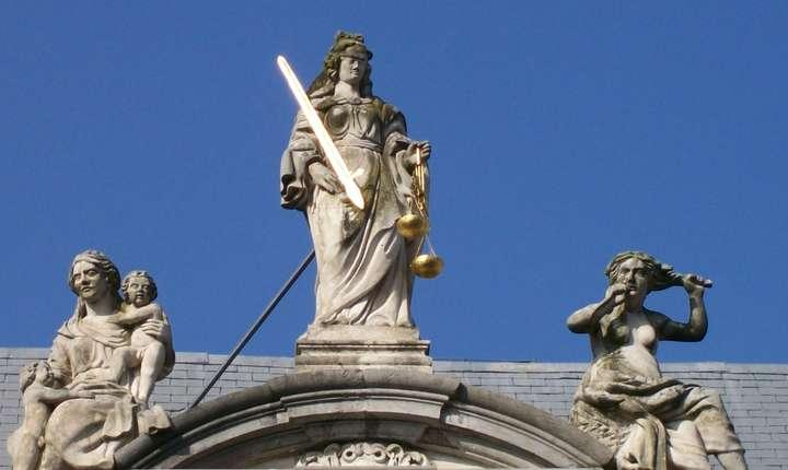 Independenţa procurorilor este garanţia unei justiţii imparţiale şi eficiente