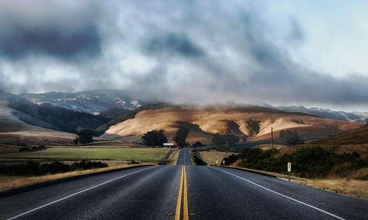 Când va avea România o autostradă între Moldova şi Transilvania? (Sursa foto: pixabay)