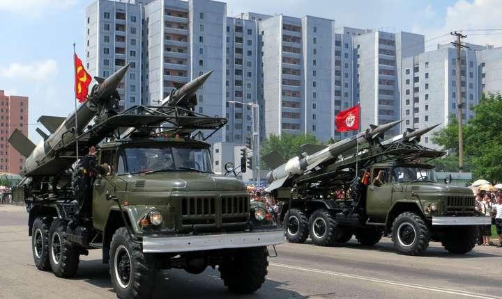 Kim Jong-un exclude să-şi întrerupă programele balistic şi nuclear